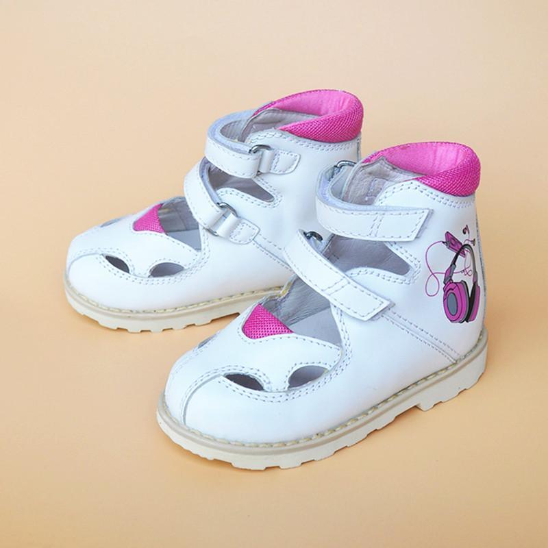 c52d22d41bd02 Acheter Super Qualité Été En Cuir Véritable Chaussures Orthopédiques  Enfants Sandales En Cuir Fille Enfants Sandales De  42.19 Du Vanilla14