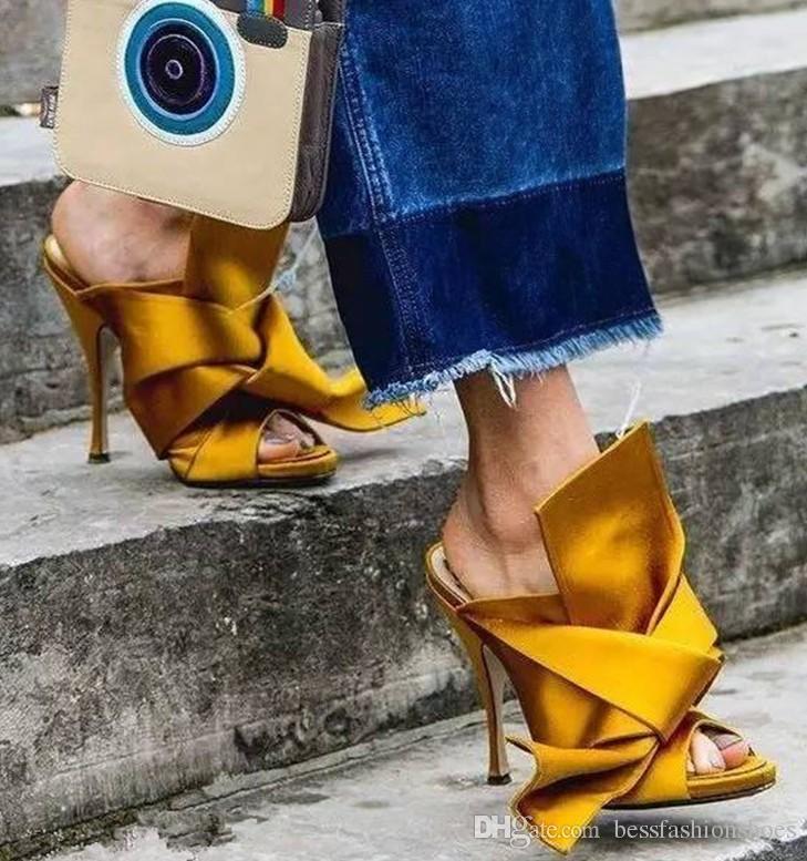 Sarı Yeşil Kadınlar Yüksek Topuk Sandalet Büyük Papyon Düğün Tasarımcı Elbise Parti Ayakkabı Yaz Saten Stilettos Slaytlar Marka Artı Boyutu EU35-42