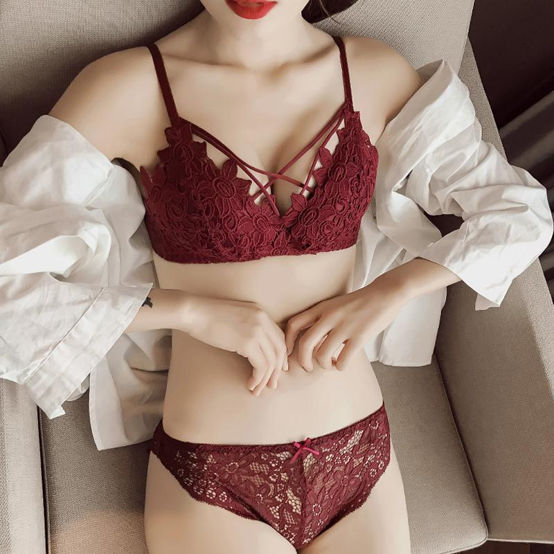 a50f03525 2019 New Fashion Girl Bras Sexy Thin Cup Bra Embroidery Underwear Push Up  Bra And Panty Set For Women Underpants Back Closure Briefs From Hoeasy