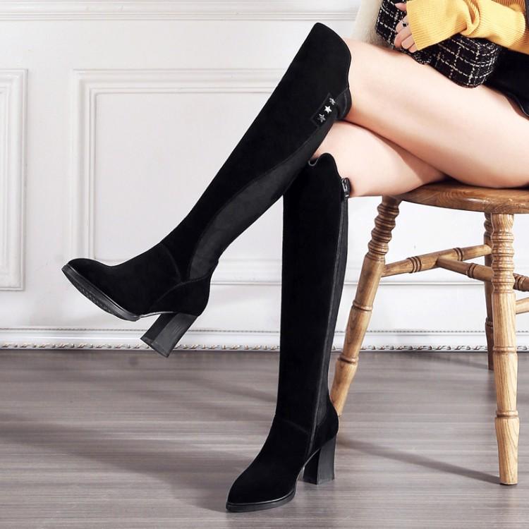 5e74612730ecd Compre Botas De Couro Genuíno 40 41 42 32 33 Inverno Preto Apontou Moda  Elasticidade Novos Sapatos Fosco Mulher De Salto Alto 7.5 Cm EUR Tamanho 31  43 De ...