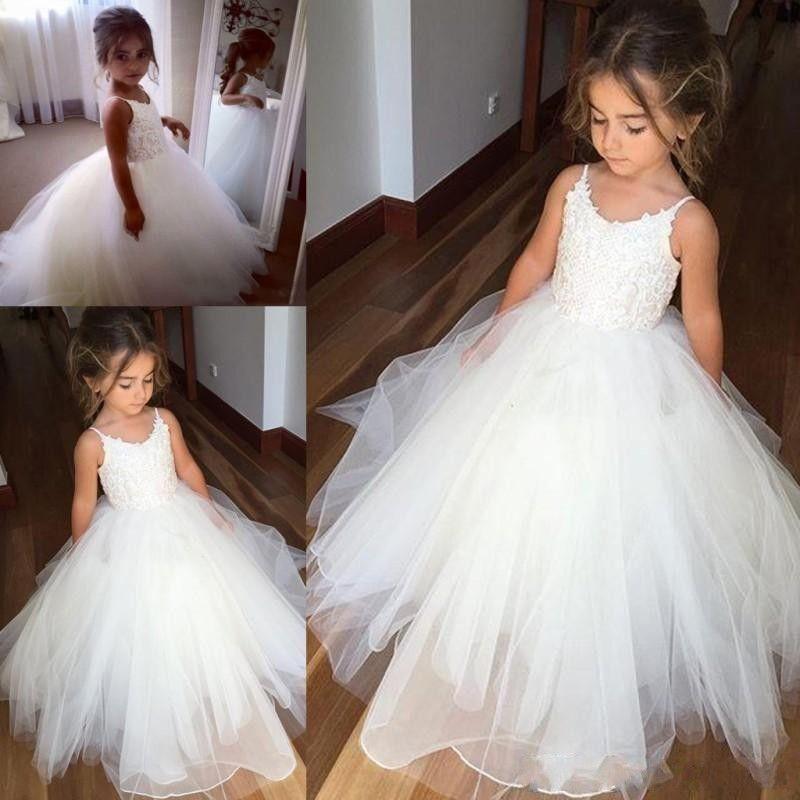 Vestidos lindos de niña de las flores de la vendimia Vestido de tul de encaje de niña de las flores Tirantes finos sin mangas Vestido de desfile hinchado Vestidos de comunión para niñas