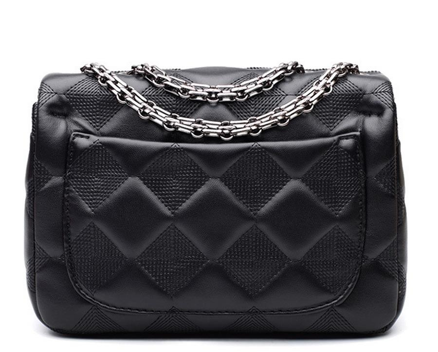 By Dhl Or Ems 2017 Wave European And American Quilted Chain Bag Small  Square Package Handbag Shoulder Messenger Bag Cheap Purses Wholesale  Handbags From ... 2a1a0cb74b6f3