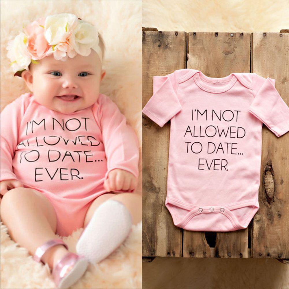 Compre Bebés Recién Nacidos Pink Body Ropa Infantil Niña Carta De Oso Lindo  Impreso Manga Larga Trajes Mono Trajes De Una Sola Pieza A  35.64 Del  Dejavui ... 10310d86ecf