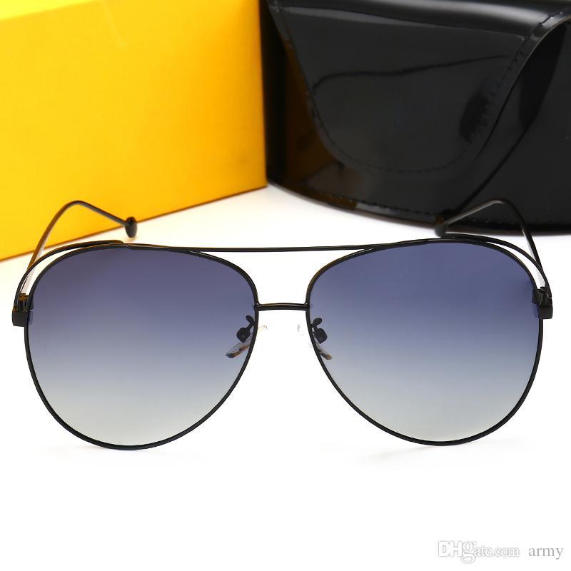 9d2155c7f Compre 2018 0841 Oval Óculos De Sol Itália Marca Designer Popular Óculos De  Sol De Alta Qualidade Lente De Proteção Uv De Metal Fino Quadro Clássico  Óculos ...