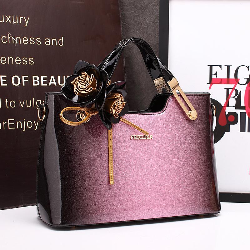 de6c52e40 2018 nova bolsa de luxo mulheres saco de designer de alta qualidade bolsas  de couro de patente famosa marca noite festa embreagem mensageiro tote