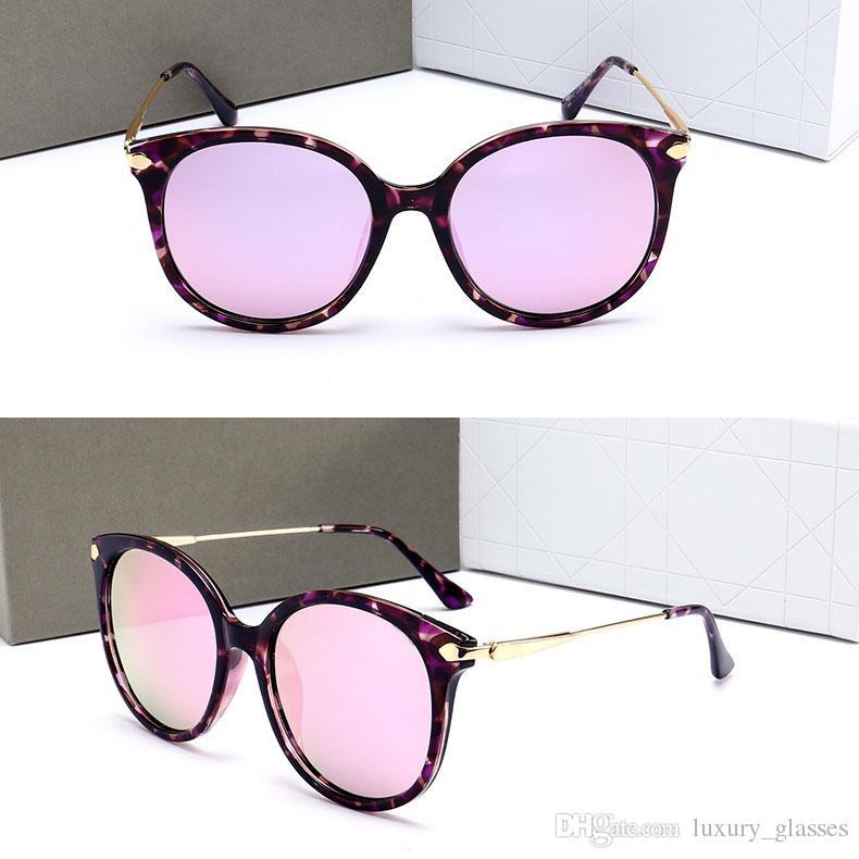82c6381c8a0ce Compre 2018 New Style Óculos De Sol Do Vintage Mulheres Marca Designer De  Óculos De Sol De Luxo Famosa Marca Menina Óculos De Sol Das Senhoras Óculos  De Sol ...