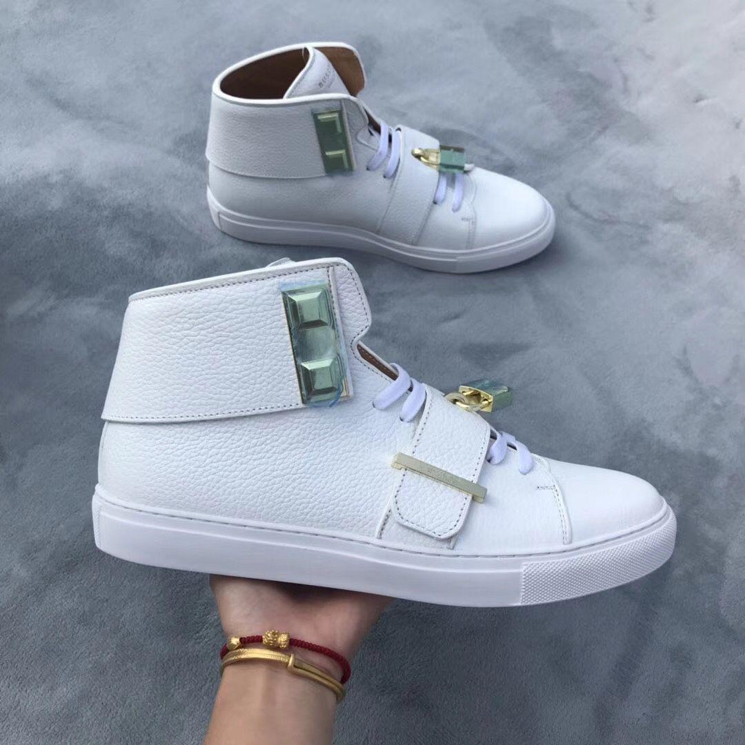 9fff11f5fc51 New Luxury Design Perfect Metal Locks Sneaker Shoes High Quality ...