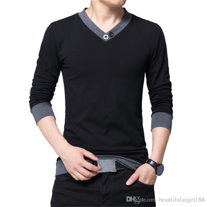 Compre Outono 2018 Moda T Shirt Homens Algodão Confortável De Manga  Comprida Com Decote Em V Botão Colarinho Sólido Preto T Shirt Para O Homem  De ... 9c4adc036ae0b