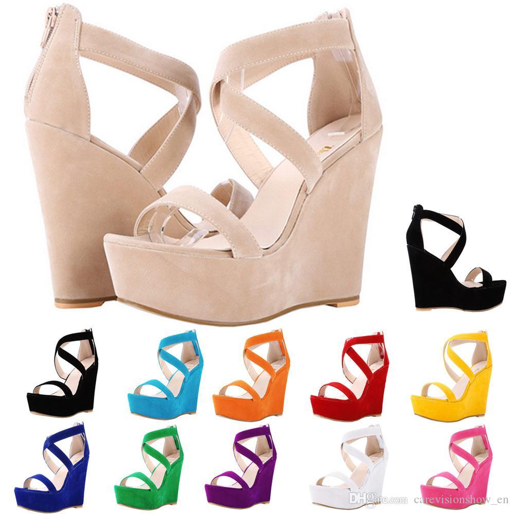 efc98be3291 Compre Sandalias De Las Mujeres Desnuda Nueva Plataforma Flock Gladiador Sandalia  Cuñas Zapatos Ocasionales De Los Altos Talones Señora Summer Shoe Wedding  ...