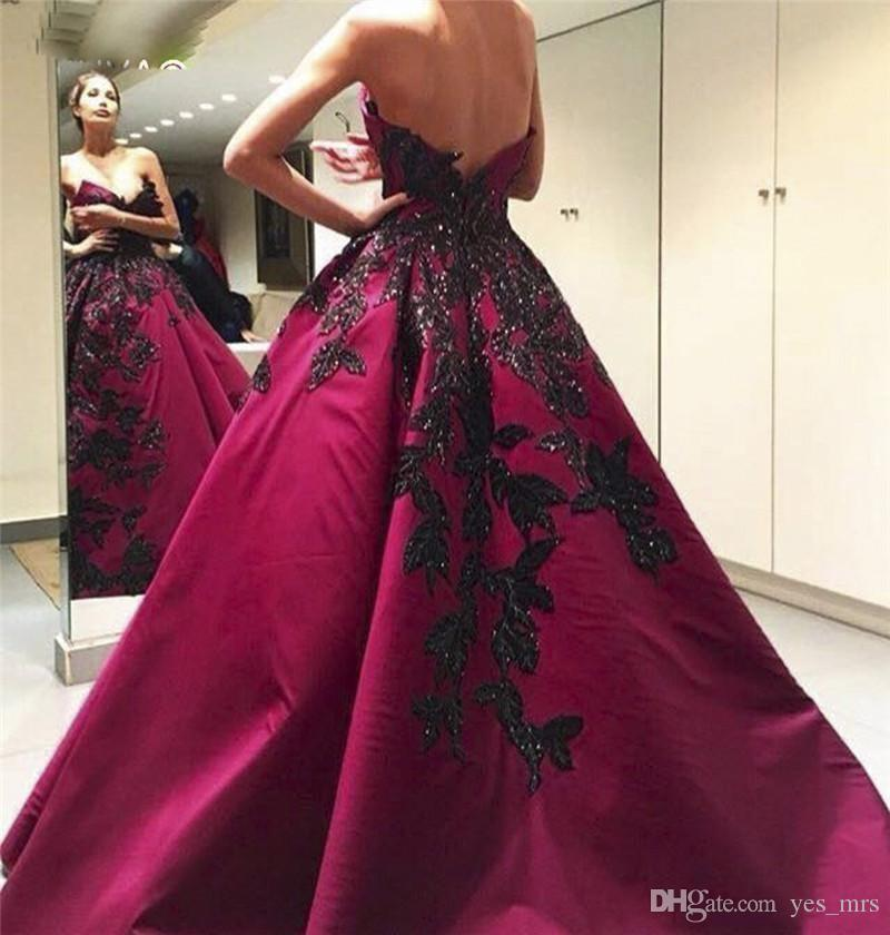 2018 Sexy Evening Dresses Wear Sweetheart Burgundy Satin Black Lace Appliques Backless Beaded Long Prom Gowns Plus Size Formal Party Dress