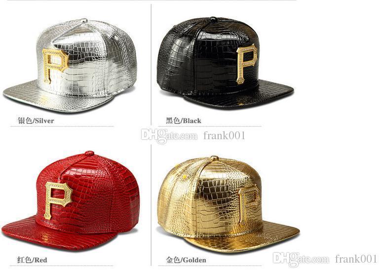 Nuevo estilo P Logo Golden PU Gorras de béisbol de cuero snapback Diamante Cocodrilo Grano hombres mujeres DJ Rap Deportes hip hop sombreros