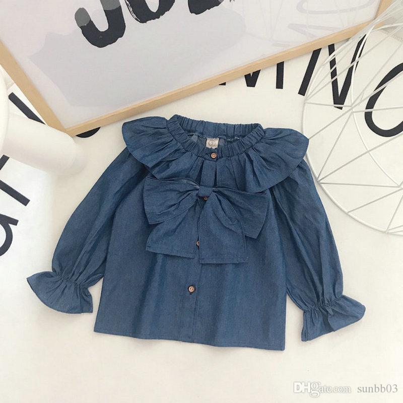Neue Frühlings-Kind-Mädchen-Denim-Hemd Bowknot-Aufflackern-Hülsen-Baby-Kind-beiläufige Spitzen-Hemd-Denim-Bluse 13713
