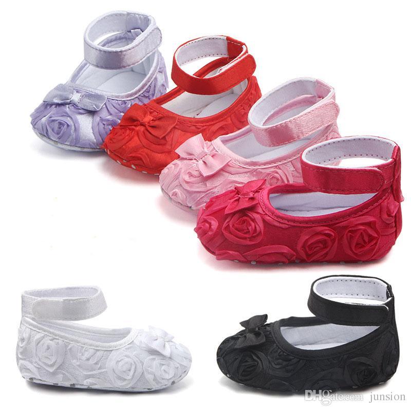 ac3df9f650 Compre Bebê Girsl Rose Flor Sapatos Bowknot Infantil Sapatos De Fundo Macio  Infantil Sapatos Menina Primeiro Sapato De Caminhada Calçados Do Bebê  Transporte ...