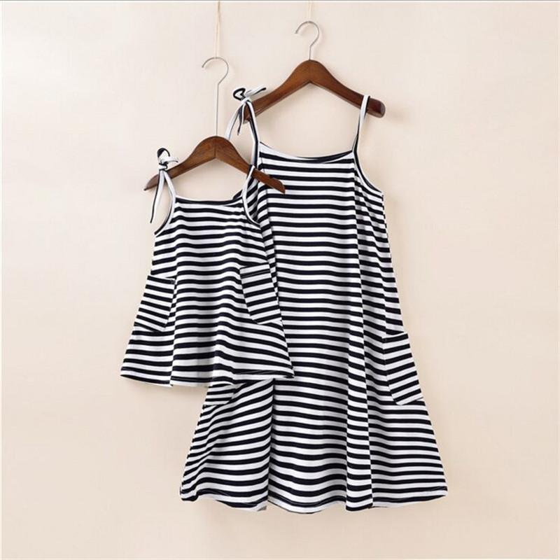 Family Matching Outfits Mother Daughter Dresses Hot Sale Girl S Dress Women  Dress Family Look Fashion Family Girl Clothes Summer Family Matching Shirts  ... e785907e2