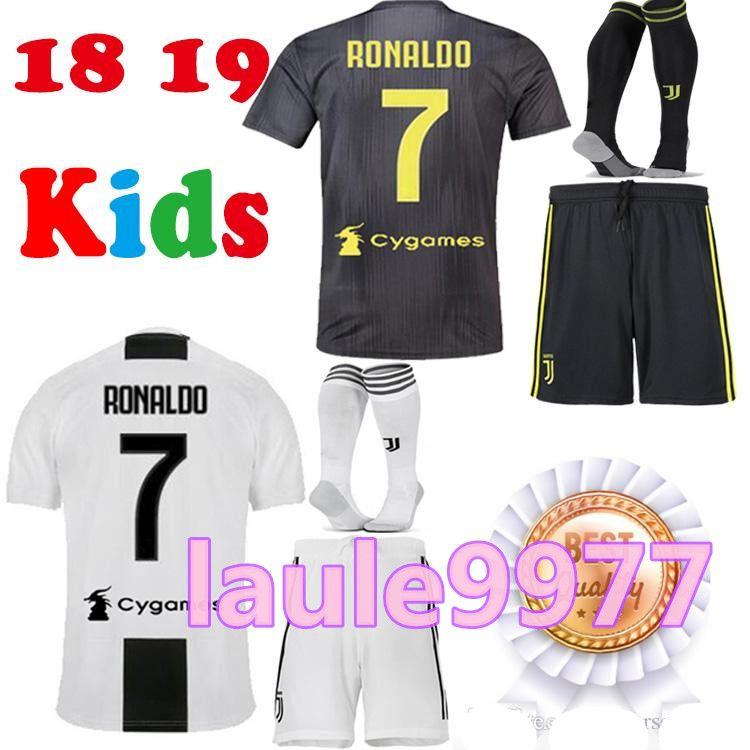 148ff46cea Compre Juventus Futebol Jersey Crianças 2018 19 RONALDO DYBALA BONUCCI  PJANIC Adulto 2018 2019 Camiseta De Futbol Camisa Uniformes Kits De  Laule9977