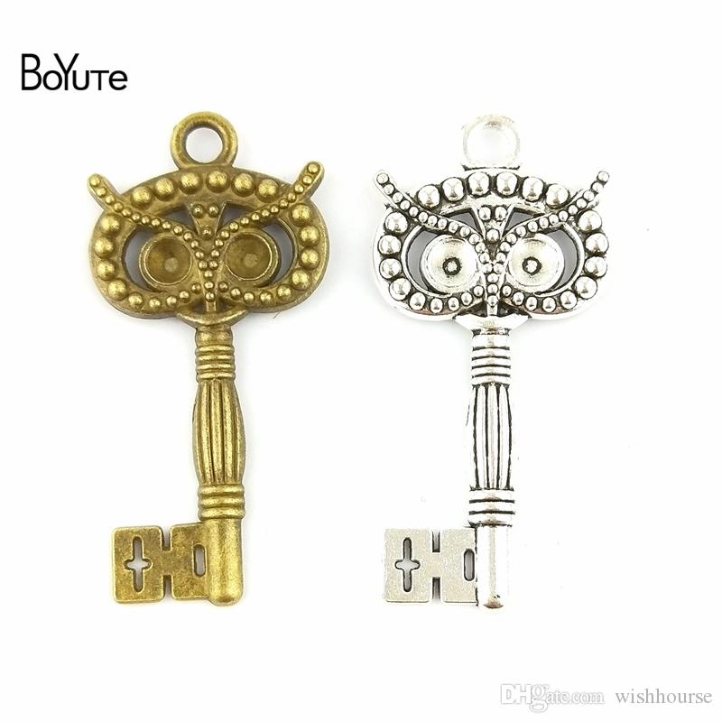 BoYuTe  60*29MM Vintage Diy Accessories Part Zinc Alloy Antique Bronze Silver Key Charms Pendant Owl for Jewelry Findings