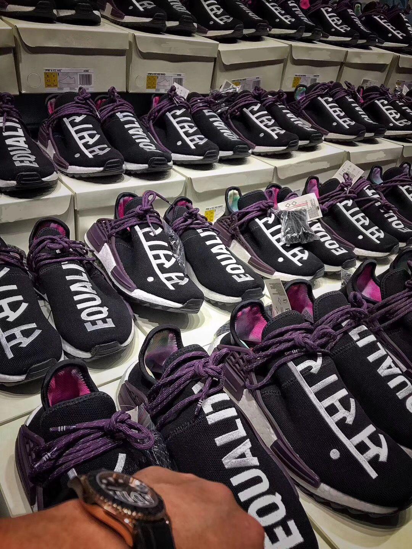 big sale 4f994 daf6c Pharrell Williams Originals NMD Equality Holi Calidad auténtica Real Boost  Negro Púrpura Sanskrit Sports Sneakers Hombre Ruuning Zapatos AC7033