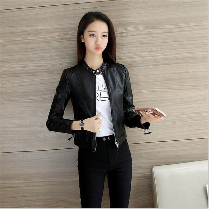 Petite veste en cuir noire femme