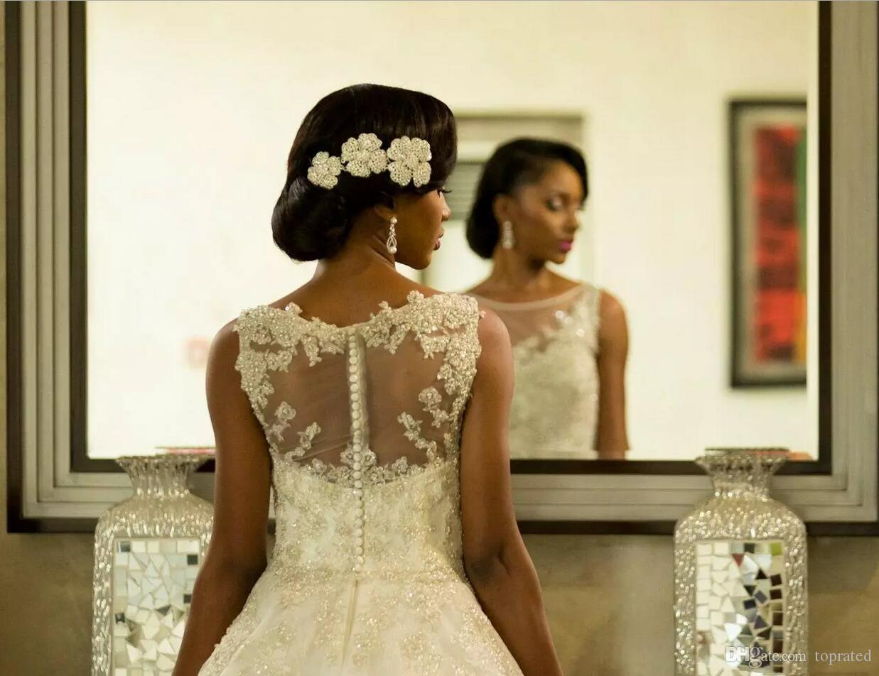 2019 Cömert Vestios De Evlilik Gelinlik Sheer Ekip Boyun Güney Afrika Dantel Aplikler Gelinlikler Arapça Dubai Düğme Geri ile