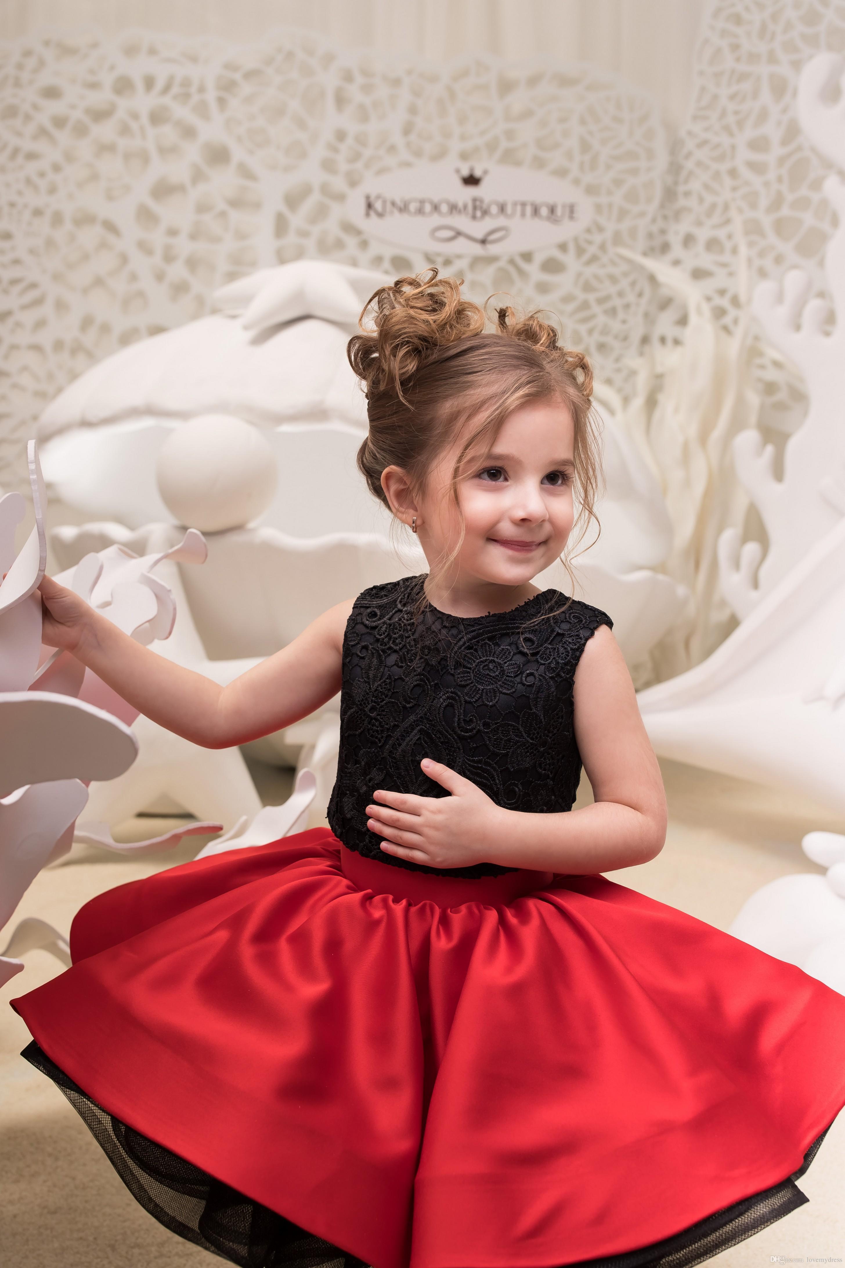 9dc4a5d16 Compre Rojo Negro Dos Piezas Vestidos Para Niñas Vestidos Joya Cuello  Encajes De Volantes Satén 2018 Mini Vestidos De Bola Cortos Con Cuentas Para  Niños ...