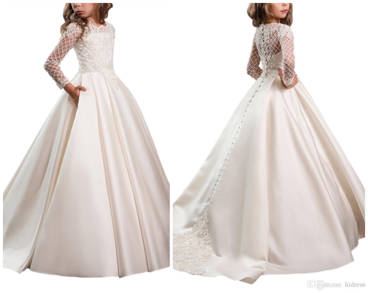 Acheter Princesse Blanche Satin Fleur Fille Robes 2018 Nouveau Sheer  Manches Longues Première Communion Fête D anniversaire Robes Filles Pageant Robe  Pour ... 934f4ff51813