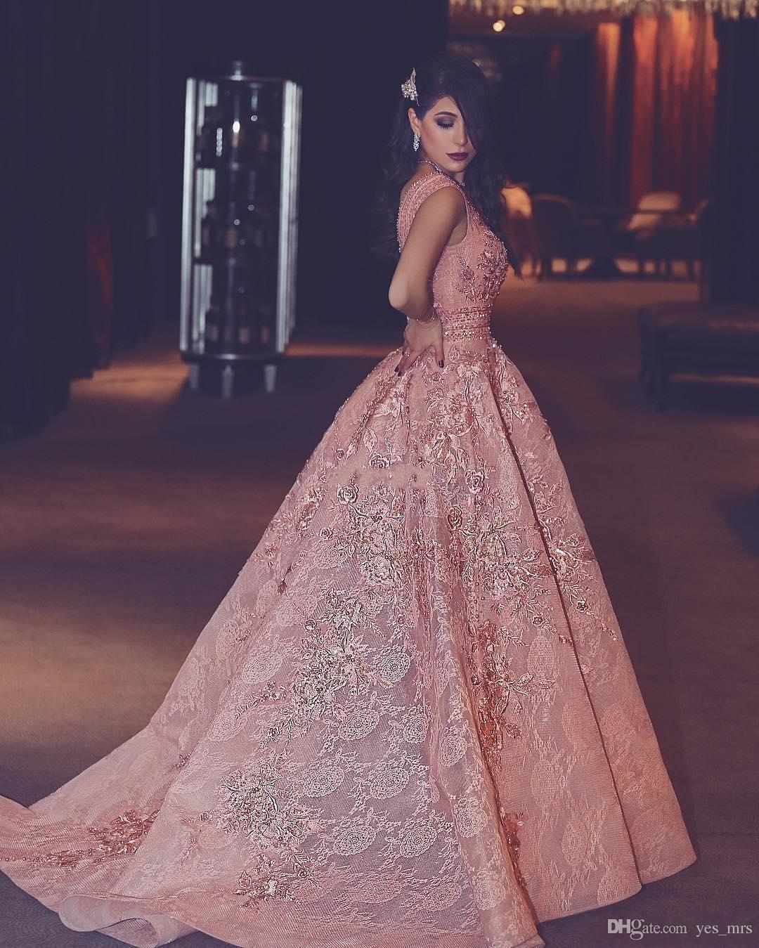 2020 Abendkleider tragen Luxurious mit V-Ausschnitt Sleeveless in voller SpitzeAppliques Perlen Kristall Sweep Zug plus Größen-formalen Partei-Kleid-Abschlussball-Kleider