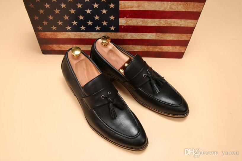2019 New mens pointed toe dress shoes famous loafer male gents formal wear ballet flats zapatos hombre oxford shoes for men DH2N48