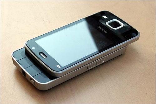 نوكيا N96 -16GB مدمج الذاكرة، GSM مفتوح دولا المتزلج الهاتف مع 5 النائب كاميرا، 3G، GPS، ميديا بلاير، وفتحة مايكرو SD
