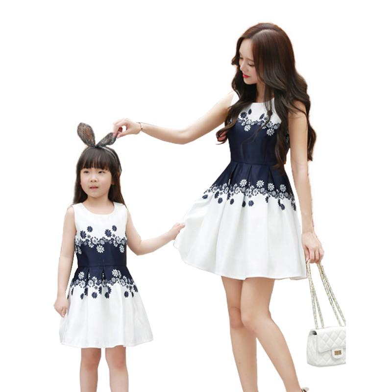 Mom And Daughter Dresses Print Girls Princess Holiday Mother Kids