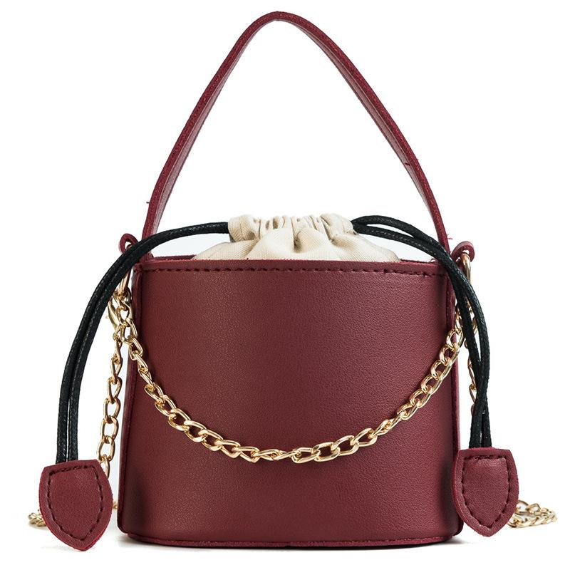 Mini Bag Female 2018 New Fashion Chain Bucket Coin Purse Korean Wild  Shoulder Bag Girls Leisure Vintage Messenger Handbag Luxury Bags Black  Handbags From ... 3e70e13661a06