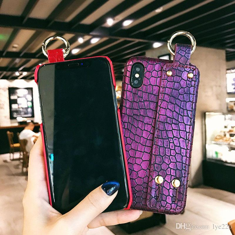 new fashion brand designer bags bee phone case ring button iphonenew fashion brand designer bags bee phone case ring button iphone case for iphone 8 6s 7 8plus x iphone 6 xs max xr x case designer phone cases best phone