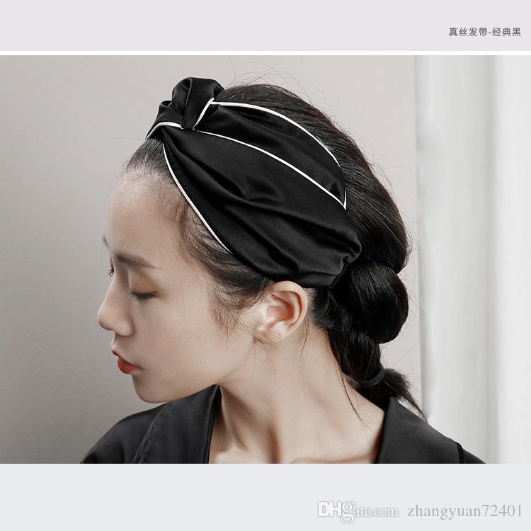 264993a496a 2019 Blooms Print Silk Headband Lastic Front Knot Detail Lace Duchesse  Packaging Letter Stripe Runway Headwrapalphabett Sports Wind Belt WOMEN From  ...