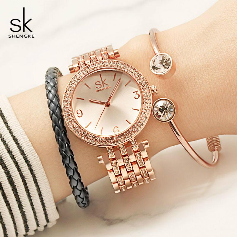 71fc944a5222 Compre Shengke Reloj De Cuarzo De Lujo De Las Mujeres De Cristal Pulsera De Diamantes  Relojes Relogio Masculino 2018 SK Mujer Regalos Reloj Con Pulseras ...