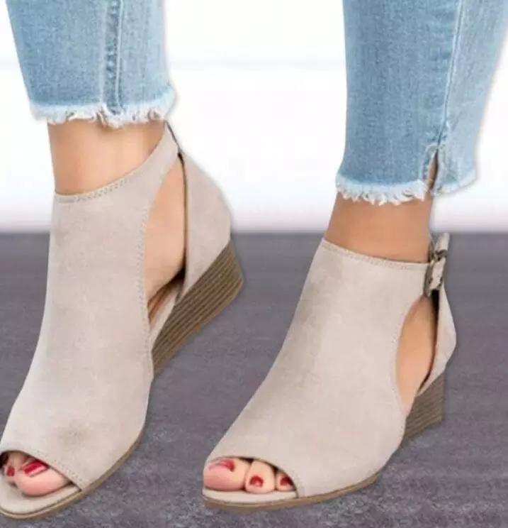 62a6fdff50db 2018 Woman Wedge Buckles Fish Mouth Sandals Gladiator Women Sandals Mid  Heel Sandals Ladies Summer Peep Toe Women Shoes W563 Designer Shoes White  Shoes From ...