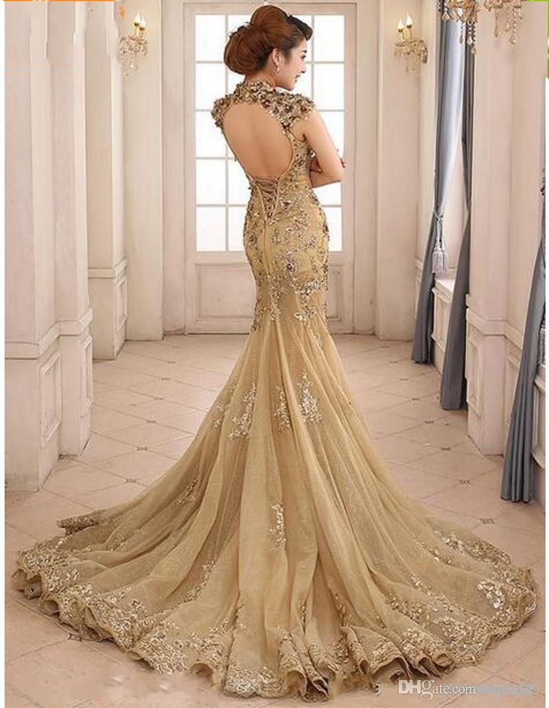 2019 New Sexy Backless High Neck With Capped Short Sleeves Champagne Long Evening Gowns Zuhair Murad Mermaid Lace Formal Dresses Evening