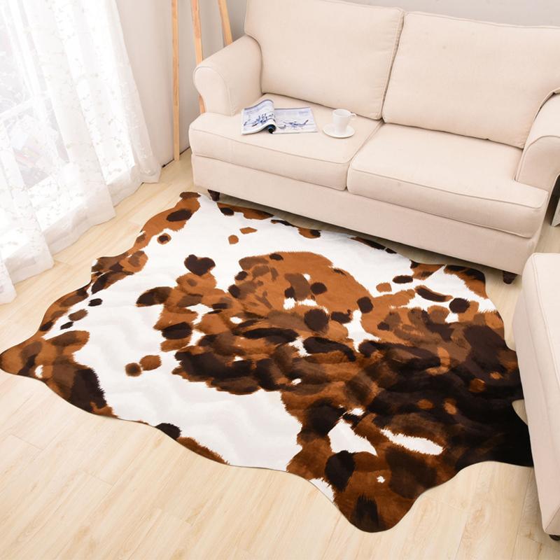 Großhandel Wohnzimmer Teppich Pu Samt Nachahmung Kuh Haut Drucken Teppiche  Und Teppiche Für Wohnzimmer Schlafzimmer Dekoration Fußmatten Von Harriete,  ...