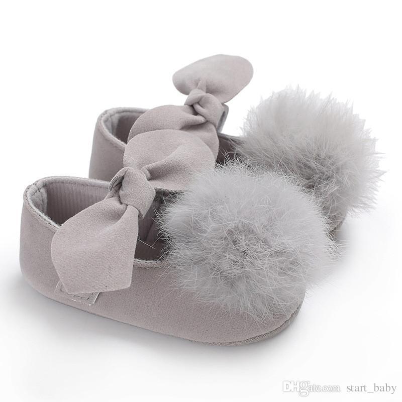 Neonate grande peluche Pompon prua scarpe principessa i solidi carini neonati suola morbida primi camminatori 3 toddlers dimensioni principessa abiti scarpe B