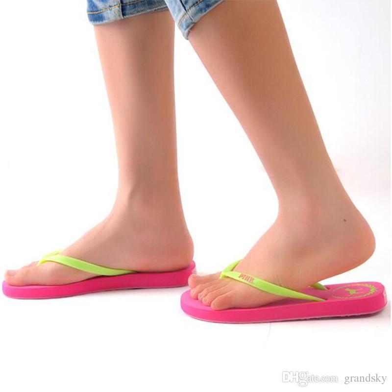 7 Farben Mädchen Rosa Flip Flops Liebe Rosa Sandalen Rosa Brief Strand Hausschuhe Schuhe Sommer Weichen Strand Slipper 2 stücke / paar