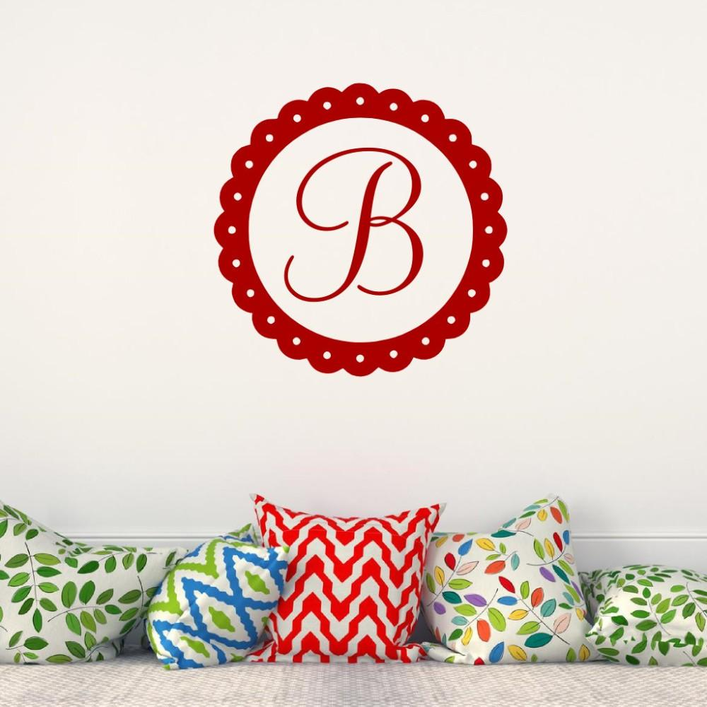 Personalized Name Initial with Flower Circle Wall Decal Customized Letter Monogram Stamp Vinyl Wall Sticker For home Decoration