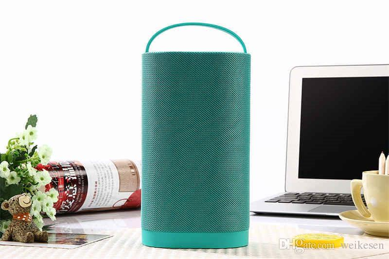 Outdoor portable speaker with Handle supports Micro SD card / USB flash drive / FM radio / AUX IN functions for outdoor as gift speaker J40