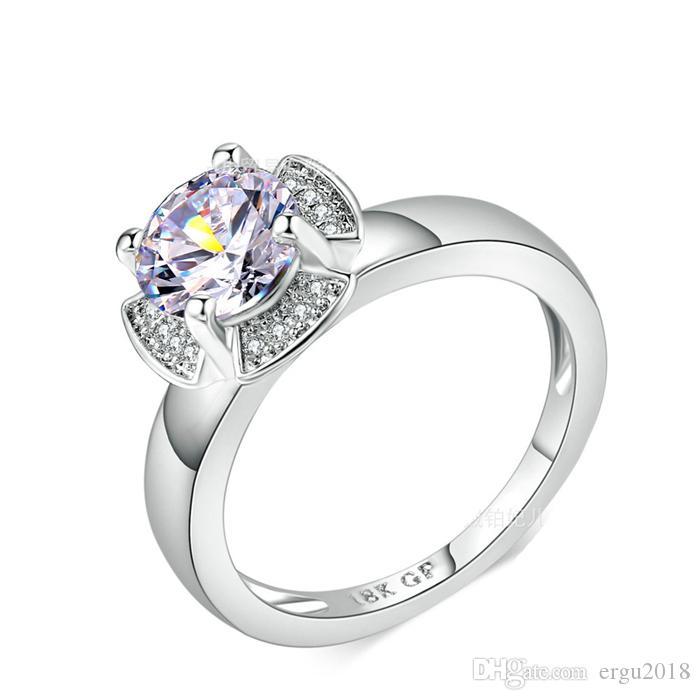 086cc45d6de1 Compre Ergu Joyería 18KGP Oro Blanco Lleno De Flores Anillos De Bodas Para  Las Mujeres 7mm Cubic Zirconia CZ Diamant Anillo De Compromiso De Joyería  ...