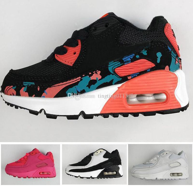 8b0df7acb58 Compre 2018 Nike Air Max 90 Moda Infantil Respirável Clássico 90 Sapatos De  Couro Com 8 Cores Crianças Boa Qualidade Sapatos Para Meninos Frete Grátis  Eur ...