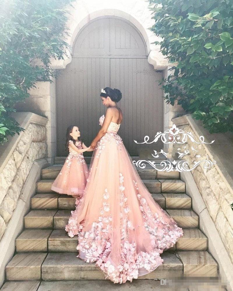 5b03de2d7e811 Sweety Blush Pink Wedding Dresses Sweetheart Flowers Appliques Tulle Ribbon  Backless Bridal Gowns Romantic Plus Size Wedding Dress
