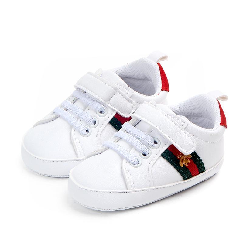 838abcd6d2d28 Acheter 2018 Nouvelle Arrivée Bébé Chaussures Nouveau Né Garçons Filles  Coeur Étoile Motif Premiers Marcheurs Enfants Tout Petits À Lacets En PU  Baskets De ...