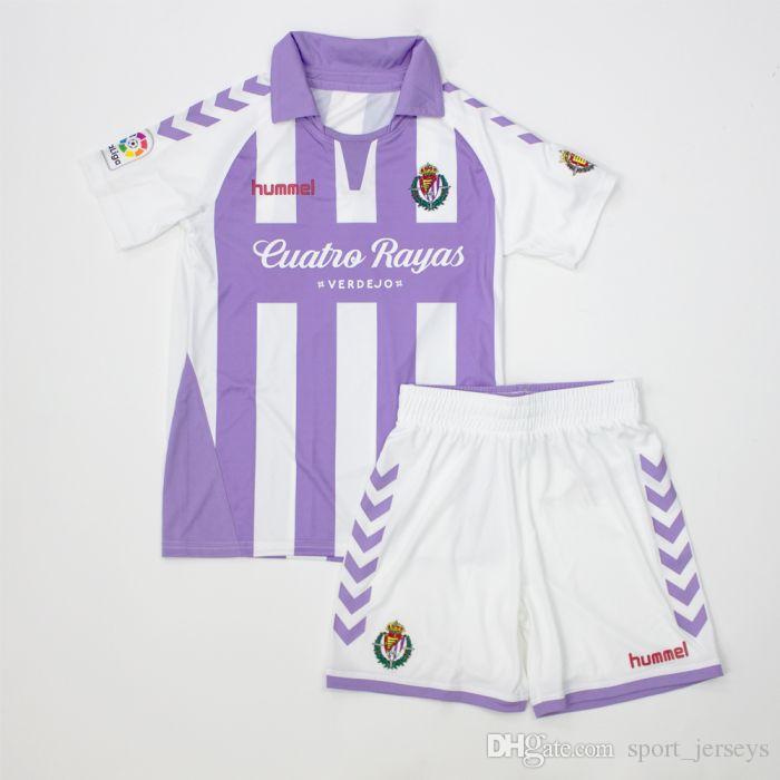 Compre 2018 2019 Kit De Camisetas De Fútbol Para Niños Reales De Valladolid  En Casa 18 19 Niños Camiseta De Fútbol Infantil + Juego Corto A  15.52 Del  ... 6dac0a6485a5c