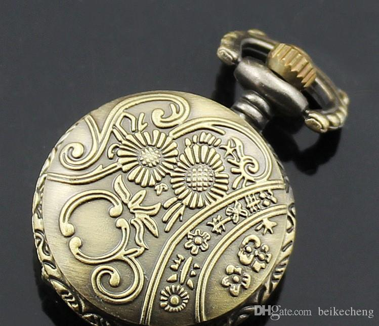 En gros / Mix 30 Designs Cas Dia 2.5 CM Pendentif Chaîne Quartz Bronze Petite Couronne Montre Montre de Poche PW048