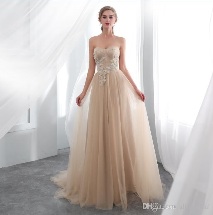 b5e003881 Compre 2018 Nueva Mancha Elegante Vestidos De Gala Vestido De Noche Formal  Con Champán De Hadas Apliques Largos De Tul Vestido Largo De Fiesta Formal  ...