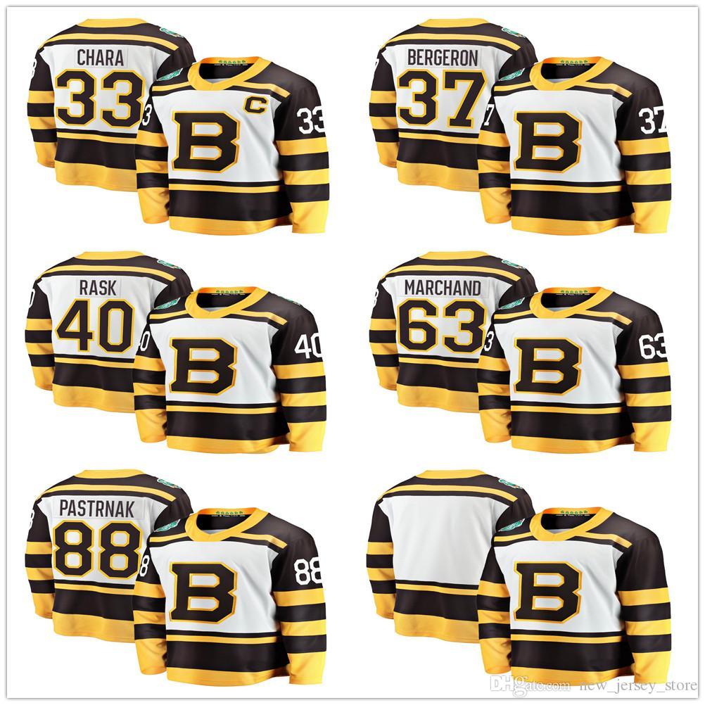 ae83c30cec7 Acquista Uomo Bambini Donna Boston Bruins 2019 Inverno Classic Maglie  Hockey 33 Zdeno Chara 37 Patrice Bergeron 63 Brad Marchand 40 Tuukka Rask  McAvoy A ...