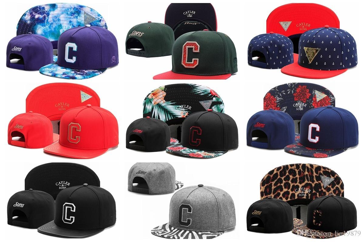 Compre Cayler Sons C Carta Unisex Moda Clásico Algodón Snapback Caps Bordado  Hombres Brim Plana Gorra De Béisbol Hip Hop Sombreros A  7.75 Del Lin19879  ... 85a296007cf