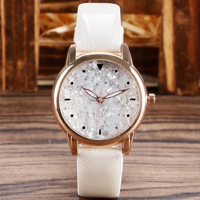 6c27e90a67a8 Compre Elegante Reloj De Pulsera Blanco Mujer Dama Chica Casual Relojes De  Moda Brillo Reloj De Cuarzo Belleza 2016 Caliente A  15.22 Del Haroln